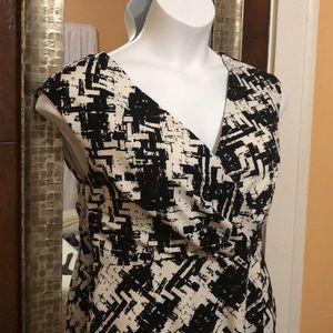 Jones New York Dresses - 📌Blk & white abstract print dress